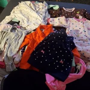 Carters baby girl clothes size 6 months (29pcs)